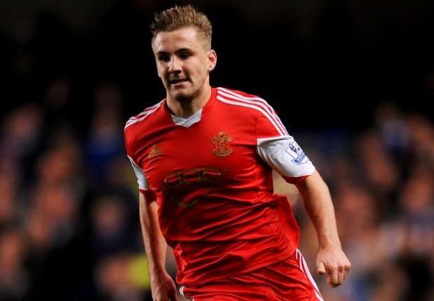 Manchester United Bidik Luke Shaw