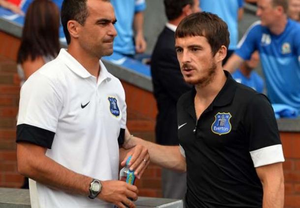 Roberto Martinez: Leighton Baines Akan Tetap Di Everton