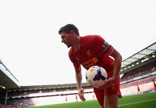 Steven Gerrard Frustasi Ketika Cedera