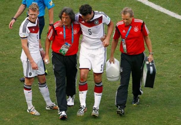 Mats Hummels Absen Kontra Ghana