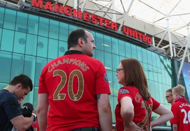 Aberystwyth Town Sindir Manchester United