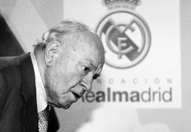 Jose Mourinho Berbelasungkawa Pada Alfredo Di Stefano
