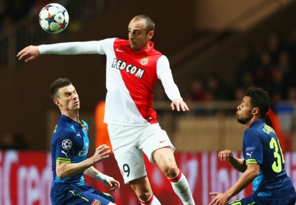 Dimitar Berbatov Ungkapkan Arsenal Kuat Namun Kmai Lebih Untung