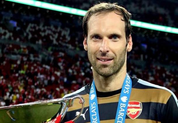 Petr Cech Bahagaia Jalani Debut Bersama Arsenal